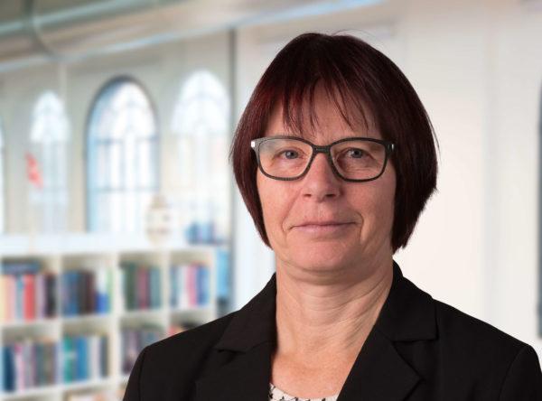 Marianne Michael Bach advokat advokatsekretær Horsens
