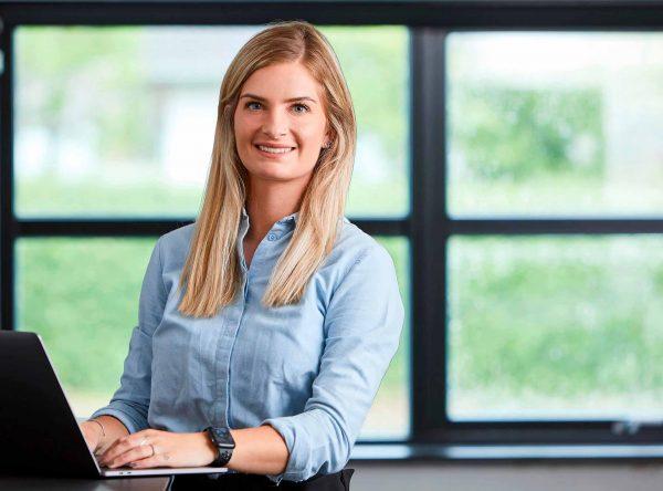 Line Padetzski Markedsføring marketingchef Advokatgruppen