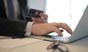 Advokat advokatomkostninger business privatret erhvervsret