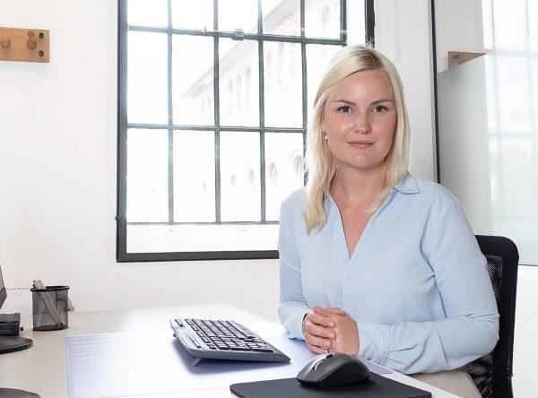 Erstatning advokat Iris Christine Sørensen